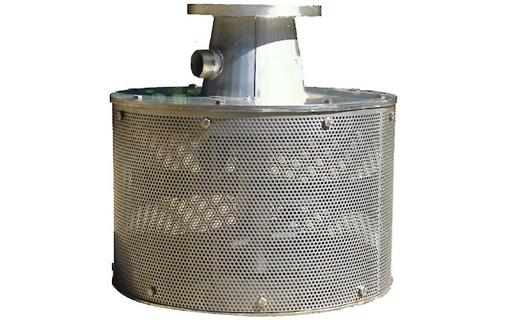 RF600 self cleaning intake strainer